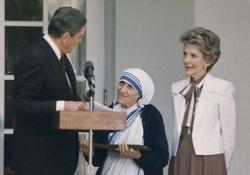 Mười Điều Bí Mật Mà Giáo Hội La Mã Hy Vọng Bạn Đã Quên: 10 - Những Điều Nói Láo Về Mẹ Teresa